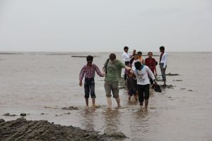 Exposure visit to a beach on the Gulf of Khambhat